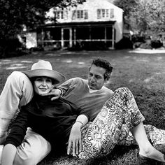 Actor Paul Newman and Actress Joanne Woodward. Born  Joanne Gignilliat Trimmier Woodward 27 Feb 1930, Thomasville, Georgia. Born Paul Newman 26 Jan 1925, Shaker Heights, Ohio. Died: 26 Sept 2008 Westport, Connecticut.  Photograph by Bruce Davidson, 1965