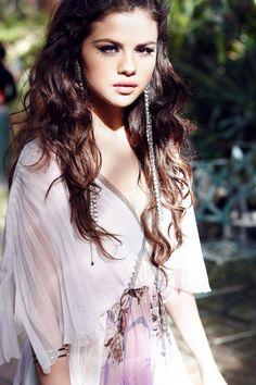 Selena Gomez   Inspiration for Photography Midwest   photographymidwest.com   #photographymidwest #pmw #SelenaGomez