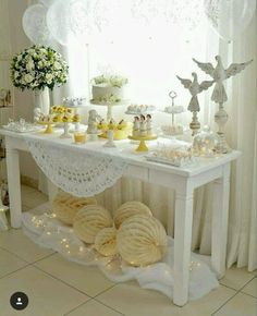 Baptism Party Decorations, First Communion Decorations, First Communion Party, Communion Cakes, Baby Shower Decorations For Boys, First Holy Communion, Table Decorations, Boy Baptism, Christening