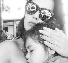 """Mãe cansada: """"Chorei como um copo cheio de exaustão, mas transbordando amor"""""""