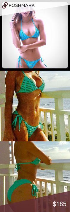 Beautiful Beach Bunny two piece bikini Like new. Used for 1h. Turquoise color. Must have Beach Bunny Swim Bikinis