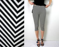Chevron capri leggings in black and white print - size small US 6 S - only one  piece - ready to ship - by Bartinki 0553061f3