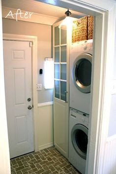 If well planned, a small space (4.5' x 7') can be extremely functional and look great too!