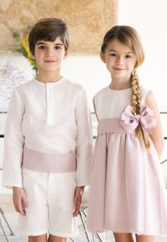 Vestido ceremonia Niña  Aiana Larocca y Conjunto niño lino crudo fajin | Aiana Larocca Rings For Girls, American Wedding, Cute Kids, Summer Wedding, Aurora, Sisters, Baby Boy, Flower Girl Dresses, Wedding Dresses