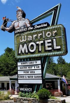 In its heyday, I bet tons of people stopped off at the Warrior Motel motor lodge. Thailand Travel, Bangkok Thailand, Hawaii Travel, Italy Travel, Travel Usa, Monte Carlo Travel, Vintage Tin Signs, Vintage Ads, Roadside Signs