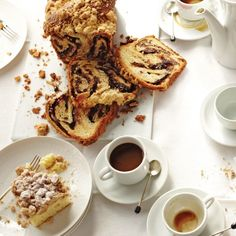Yeasted Chocolate Coffee Cake #recipe