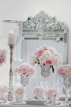 25 Stunning Wedding Centerpieces - 23th Edition - http://www.bellethemagazine.com/2014/01/25-stunning-wedding-centerpieces-23th.html