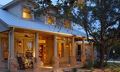 Texas Hill Country House.- Yes please... I love it there... Gruene...