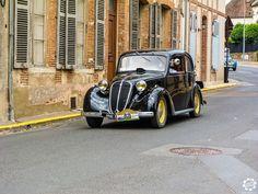 #Simca #8 #1200 à la Promenade des Coteaux Sézannais. Reportage : http://newsdanciennes.com/2015/07/05/grand-format-sezanne-retromobile-et-promenade-des-coteaux-sezannais/ #Vintage #Car #Carpics #Voitures