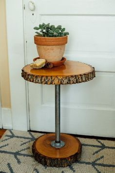 """End Table """"The Owl"""" - Rustic Live Edge Ash Wood Slab - Industrial Steel Pipe"""