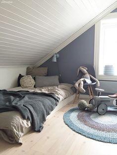 Når barn og rom vokser i takt - LADY Inspirasjonsblogg Bedroom Loft, Nars, House, Furniture, Home Decor, Living Room, Rome, Decoration Home, Home