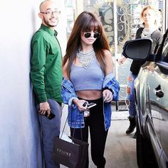 When you can't help but admire #SelenaGomez's chill  (Photo credit: Vasquez/Eagle Eye/FameFlynet Pictures) #Steevane #SV