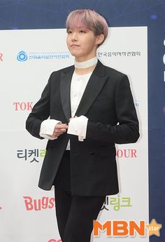 ARMY Base (@bangtanitl)   Twitter    Press photos of #BTS at the 6th Gaon Chart Music Awards Red Carpet, 170222