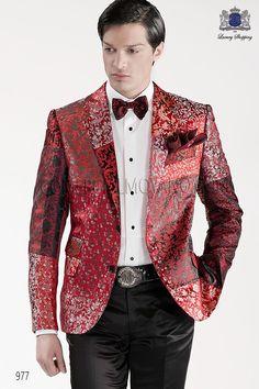 Chaqueta patchwork de moda italiano a medida en tejido 100% jacquard de pura seda rojo, con solapa en V moda y 2 botónes de fantasía, modelo 977 Ottavio Nuccio Gala colección Emotion 2015.