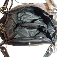 DC svart #skinnväska/leatherbag 849:- @ http://decult.se/store/products/dc-svart-skinnvaska