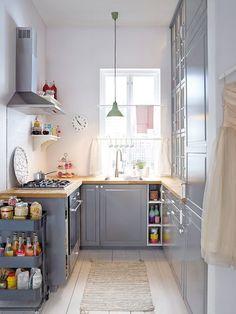 una-cocina-con-distribucion-en-u_galeria_portrait