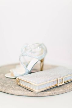 We love how our brides manage to match their fab wedding shoes with other accessories. Think jewel or metallic tones and keep all your wedding day essentials corralled in your gorgeous #clutchbag! #weddingaccessories #jimmychoobridal