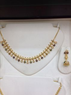 set with pearls and meena Pearl Necklace Designs, Gold Earrings Designs, Gold Jewellery Design, Designer Jewelry, Gold Necklace Simple, Gold Jewelry Simple, Bridal Jewelry, Beaded Jewelry, Baby Jewelry