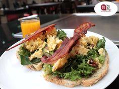 EL MEJOR RESTAURANTE JAPONÉS EN MÉXICO. En Restaurante Kazuma, sabemos que el desayuno es una de las comidas más importantes en el día, por eso queremos consentirlo con nuestra amplia variedad de platillos perfectos para desayunar con su familia o amigos. Disfrute de una experiencia culinaria inigualable sólo en Kazuma. #lamejorcomidajaponesa