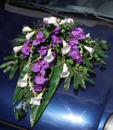 Deko Auto mit Callas und Orchideen online bestellen