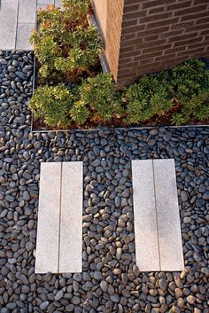 pavers and walkway, landscape design, landscape architecture, planting bed, gravel and pavers