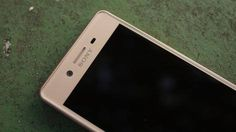 """Here's why Sony's US Xperia phones don't have fingerprint sensors Read more Technology News Here --> http://digitaltechnologynews.com The new Sony Xperia X and all of its many spin-offs including the recently announced Sony Xperia XZ and Sony Xperia X Compact are missing something in the US.  We can't quite put our finger on it... because it isn't there. The fingerprint sensor.  During a recent conference call with Don Mesa of Sony Mobile he stated that a """"business decision"""" influenced the…"""