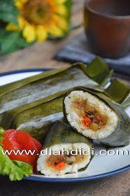 Diah Didi's Kitchen: Arem Arem Sambel Goreng Kentang