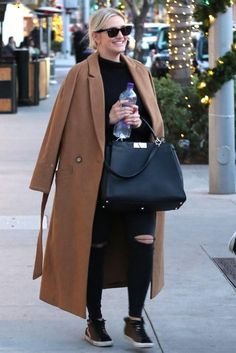 95c3e7343596 Ashlee Simpson Lunch with Evan Ross December 20