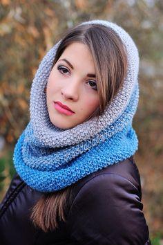 #снуд_труба из нежной альпаки с шелком с модным эффектом амбре. Высокий, прекрасно смотрится и как головной убор, и как шарф. Струящийся, красиво драпируется.  Идеально подойдет тем, кто забывает шапки дома)))).  Фотограф: Лисовой В. http://m.vk.com/v_lisovoy Визаж: Омельченко Н.  #в_наличии #головной_убор #шарф #вяжу #вязанные_аксессуары #аксессуары #ручная_работа #для_милых_дам #женские_аксессуары #свяжу_на_заказ #альпака #шелк #перу #knitting #handmade #handmader