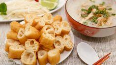 Scrumptious Fried Breadsticks (Dau Chao Quay / Youtiao / Patongka) with Chicken Congee --the perfect comfort meal! | recipe from runawayrice.com