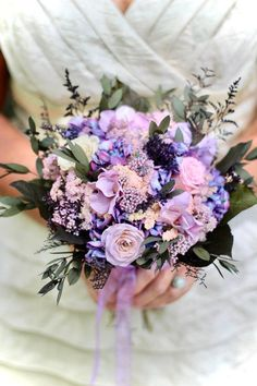 best Ideas for bridal bouquet hydrangea purple pink roses Pink Purple Wedding, Purple Wedding Bouquets, Pink And Purple Flowers, Bridesmaid Bouquet, Bridal Bouquets, Pink Roses, Blush Roses, Blush Pink, Wedding Dresses