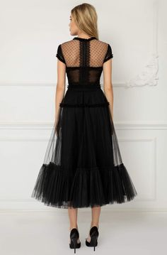Tulle Dress, I Dress, Lace Dress, A Line Skirt Outfits, Fashion And Beauty Tips, Tea Length Dresses, Unique Dresses, Couture Dresses, Playing Dress Up