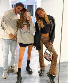 Estilo Madison Beer, Madison Beer Style, Madison Beer Outfits, Aesthetic Fashion, Aesthetic Clothes, Madison Beer Instagram, Mode Outfits, Fashion Outfits, Winter Fits