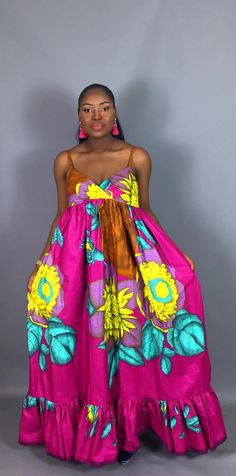 This beautiful maxi dress in a bright fuschia floral pattern is a must have.features a plunged neckline with pockets for your convenience.Partially lined at the bodice. XS – Waist: 25 Hips: 35 (US UK Size: S – Waist: 27 Hips: 37 (US UK Size: M – African Attire, African Dress, Maxi Floral, Summer Dress, Beautiful Maxi Dresses, African Fashion, Strapless Dress, Trending Outfits, Womens Fashion