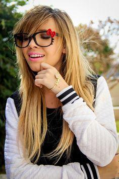 Óculos de lacinho! *_*