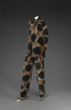 Evening ensemble | Halston (Roy Halston Frowick, American, 1932-1990) | United States, circa 1970 | Material: crushed silk velvet, tie-dyed | In the 1960's and 1970's tie-dying was popular among hippies and flower children. Halston's adaptation, a style known as 'hippy chic', shows how street fashion influenced high fashion | Indianapolis Museum of Art
