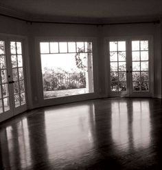 Unfurnished home in California | beautiful bay window with sweeping views of the coast