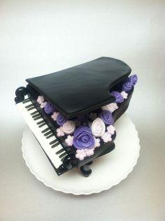 https://s-media-cache-ak0.pinimg.com/236x/ea/30/24/ea302497b556a07bfa9adff1f33e3139--piano-cakes-music-cakes.jpg