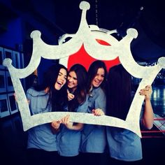 This crown cut out would be so perfect for Zeta Tau Alpha bid day! #zeta #zta