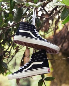 Lace up in the classic Sk8-Hi.