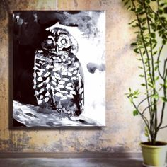 This #blackandwhite #ink painting of an owl shows off their contrasting feathers. Spotted owls are very endangered and one of my favorite owl species.  Get these dramatic prints and canvases in the shop-link in profile. ---- #owl #blackandwhite #birdsofprey #birds #bird #spottedowl #owls #owlnation #owldrawing #owlpainting #painting #artwork #animalart #birdart #inked #wallart #homedecor #canvasart
