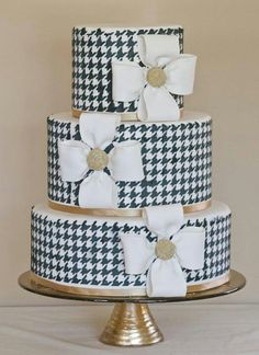houndstooth cake