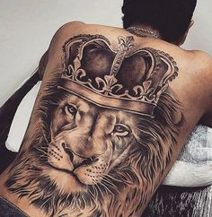 Realistic Lion Back Tattoo Designs and Ideas Back Tats, Cool Back Tattoos, Back Tattoos For Guys, Trendy Tattoos, Back Tattoos For Men, Back Piece Tattoo Men, Lion Back Tattoo, Mens Lion Tattoo, Lion Shoulder Tattoo
