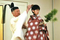 Japan's Prince Hisahito (R), son of Prince Akishino and his wife Princess Kiko