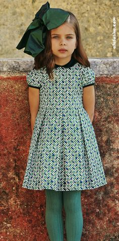 ALALOSHA: VOGUE ENFANTS: Holiday collection 2013/2014 for kids from Oscar de la Renta