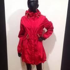 Bildresultat för twitter camilla morch raincoat