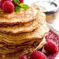 Light and fluffy Keto pancakes! These almond cream cheese pancakes are naturally gluten free and low carb. Try this easy low carb pancake recipe - a healthy and delicious sugar free breakfast choice. Low Carb Bread, Keto Bread, Low Carb Keto, Low Carb Recipes, Cooking Recipes, Ketogenic Recipes, Paleo Recipes, Free Recipes, Sugar Free Breakfast