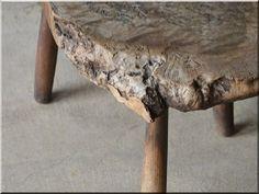 Wabi sabi bútor - Antik bútor, egyedi natúr fa és loft designbútor, kerti fa termékek, akácfa oszlop, akác rönk, deszka, palló Country Chic, Wabi Sabi, Rustic Furniture, Stool, Shabby Chic, Interiors, Table, Design, Home Decor