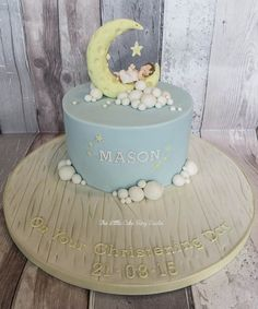 Moon and Stars Christening Cake  www.littlecakefairydublin.com www.facebook.com/littlecakefairydublin