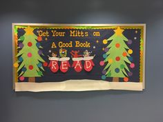 Easy and Fun Christmas Decorations for the Classroom – Bulletin Boards Health & Fitness – Grandcrafter – DIY Christmas Ideas ♥ Homes Decoration Ideas Christmas Library Bulletin Boards, December Bulletin Boards, Reading Bulletin Boards, Winter Bulletin Boards, Bulletin Board Display, Classroom Bulletin Boards, Classroom Door, Preschool Bulletin, School Library Displays